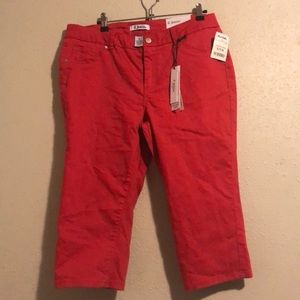 DJeans coral red high-waisted capris